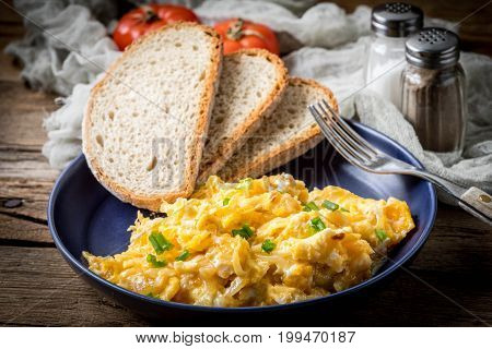 Scrambled Eggs With Onion And Chives.