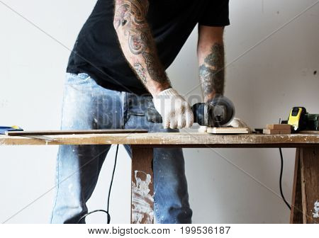 Circular saws with a wood