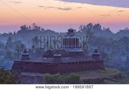 Famous Ancient Htukkanthein Stupa At Sunset In Mrauk U, Myanmar