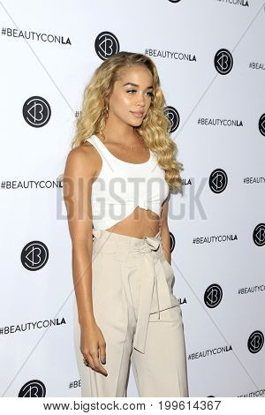 LOS ANGELES - AUG 12:  Jasmine Sanders at the 5th Annual Beautycon Festival Los Angeles at the Los Angeles Convention Center on August 12, 2017 in Los Angeles, CA
