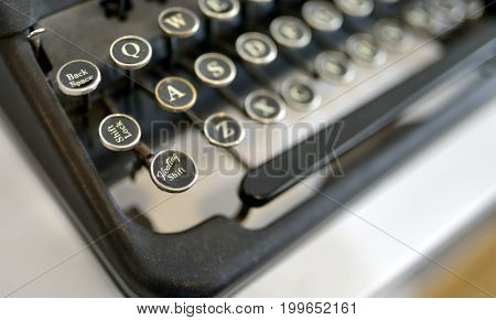 Details of Old typing machine