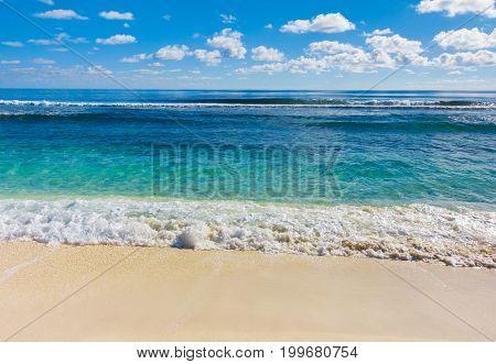 Scene Splashing Beach