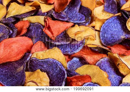 Beet And Carrot Salty Chips In An Old Blue Plate.