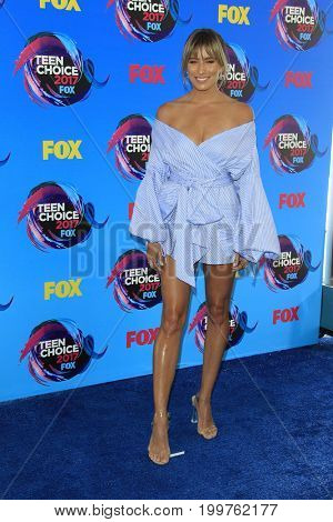 LOS ANGELES - AUG 13:  Renee Bargh at the Teen Choice Awards 2017 at the Galen Center on August 13, 2017 in Los Angeles, CA