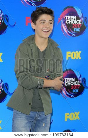 LOS ANGELES - AUG 13:  Asher Angel at the Teen Choice Awards 2017 at the Galen Center on August 13, 2017 in Los Angeles, CA