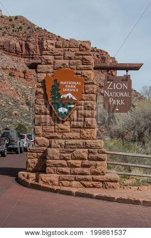 Springdale United States: March 10 2017: Zion National Park Entry Sign and Traffic