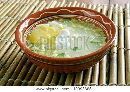 Changua Con Huevo