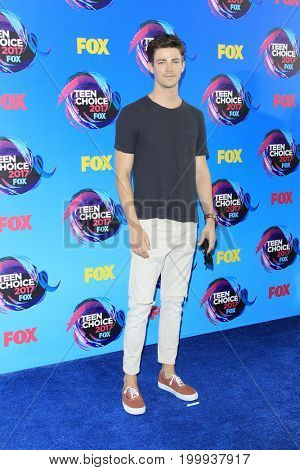 LOS ANGELES - AUG 13:  Grant Gustin at the Teen Choice Awards 2017 at the Galen Center on August 13, 2017 in Los Angeles, CA