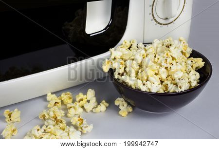 Soft butter popcorn after the cooking in the microwave