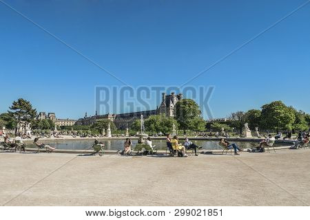 Paris, France - May 7, 2018:  Jardin Des Tuileries (tuileries Garden) - Favorite Spot For Rest Of To
