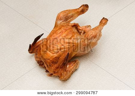 Very Strongly Dried Chicken In The Oven, With A Crispy Crust Without Entrails