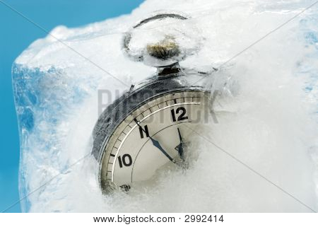 Extreme Weather Concepts - Frozen Time Ii