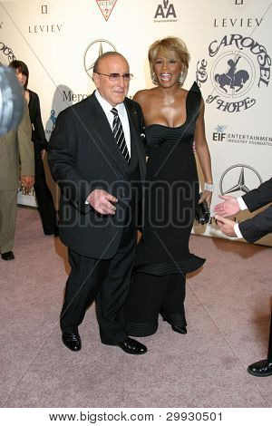 LOS ANGELES - OCT 26:  Clive Davis, Whitney Houston arrives at the Carousel of Hope Ball at Beverly Hilton Hotel on October 26, 2006 in Beverly Hills, CA