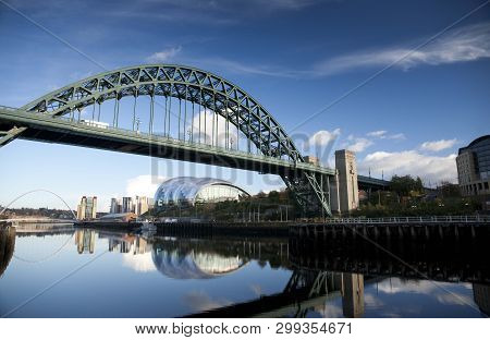 Newcastle And Gateshead, Uk, November 2012, View Of The Tyne Bridge Over The River Tyne With The Gat