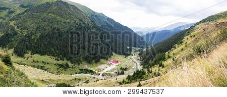 Prospect View Of Transfagarasan Mountain Road. One Of The Most Beautiful Roads In Europe, Romania