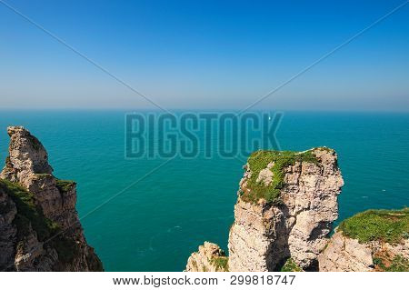 Beautiful Landscape On The Cliff Of Etretat, Cliff And Beach. Coast Of The Pays De Caux Area In Sunn
