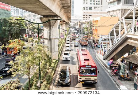 Bangkok, Thailand - February 10, 2015: Traffic Jam With Cars And Busses In The Crowded Capital Of Th