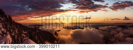 St Marks Summit, In Howe Sound, North Of Vancouver, British Columbia, Canada. Panoramic Canadian Mou