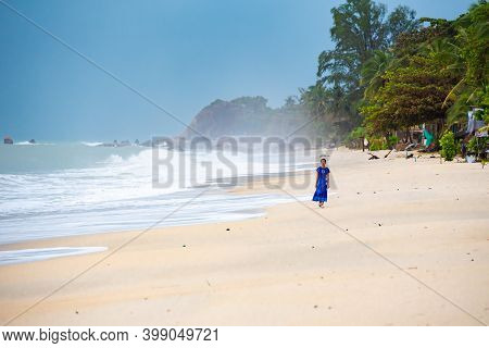 Koh Samui, Thailand - December 11, 2020. Storm On Lamai Beach On Samui Island In Thailand, Lonely Th