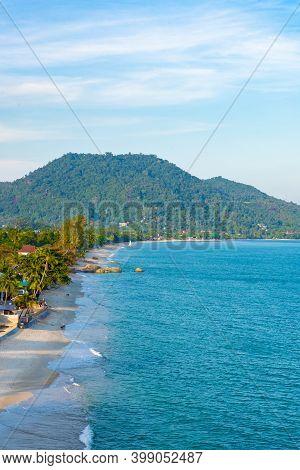 Vertical Photo, Lamai Beach On Koh Samui Island In Thailand, Popular Holiday Destination, Gulf Of Th