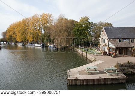 The Riverside Pub In Lechlade, Gloucestershire, Uk On The Thames, Taken 19th October 2020
