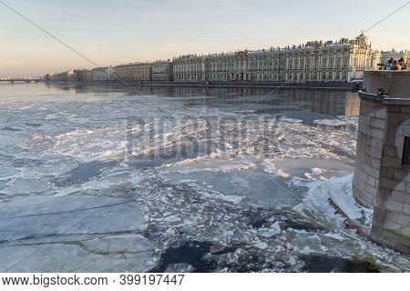 Ice Drift On Neva River In Winter Season In St.petersburg, Russia. December 2020.