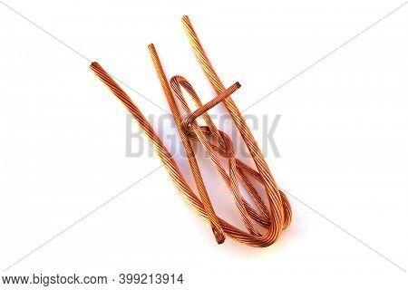 Copper wire. Scrap Copper Wire ready for recycling. Copper Wire is used world wide in Electronics and other projects. Construction sites use Copper Wire daily.