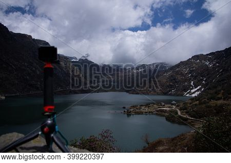 Time Lapsing The Lake From The Top Of The Hill