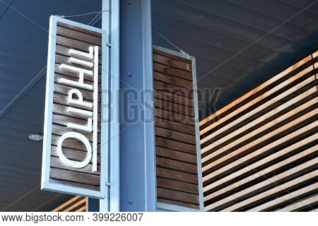 Bordeaux , Aquitaine  France - 12 12 2020 : Oliphil Logo Store Of Retail Sign Shop Of Brand Fashion