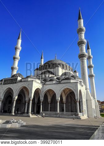 Turkey, Ankara - October 23, 2019: Melike Hatun Mosque (melike Hatun Camii) In Ankara On A Sunny Day
