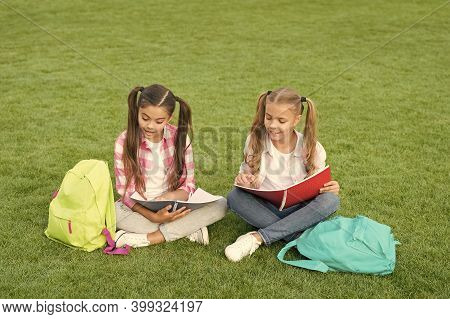 Small Girl Study On School Break. Happy Childrens Day. Sisterhood And Family. Knowledge Day Came. Le
