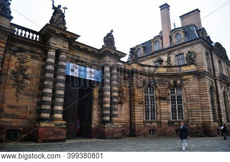 French People And Travelers Foreign Walking Travel Visit Strasbourg Museum Of Fine Arts Ancient Clas