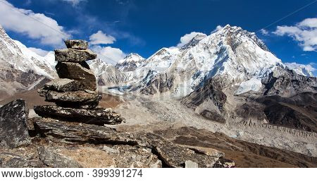 View Of Everest And Nuptse With Stone Man Or Pyramid - Way To Everest Base Camp, Khumbu Valley, Saga