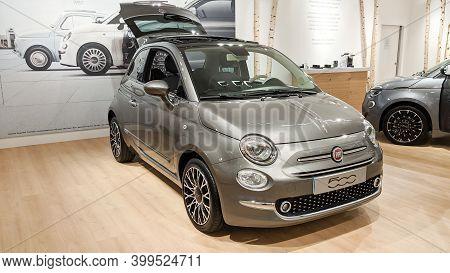 Bordeaux , Aquitaine  France - 12 12 2020 : Fiat 500 Classic Grey Parked In Showroom Dealership Shop