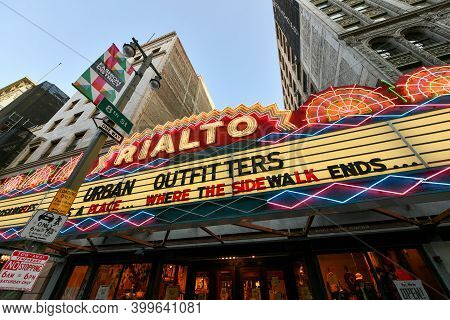 Los Angeles, California - Aug 26, 2020: Rialto Cinema Theater In Downtown Los Angeles, Currently An