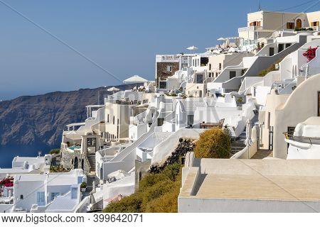 Santorini Greece, September 17, 2020: Beautiful Cycladic Architecture In Imerovigli Village On Santo
