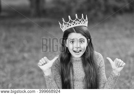 My Beauty Deserves Crown. Emotional Child Give Thumbs Ups. Little Miss Wear Crown. Beauty Pageant. P