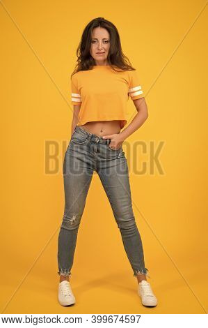 Beauty And Make Up. Pretty Girl With Long Hair. Fashion And Style. Skinny Jeans Suits Her. Self Conf
