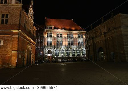 Gdansk, Poland - 17 Sep 2015: The Vintage House Of Gdansk In Northern Poland At Night