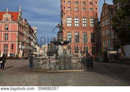 Gdansk, Poland - 18 Sep 2015: The Vintage Street Of Gdansk In Northern Poland