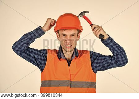 Man Repair Master Knoking Own Head Claw Hammer, Neglect Safety Concept