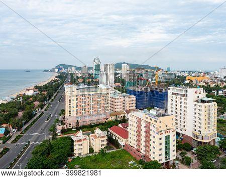 Vung Tau, Vietnam - July 24, 2020: Bai Sau Or Back Beach In Vung Tau In The Bang Ria-vung Tau Provin