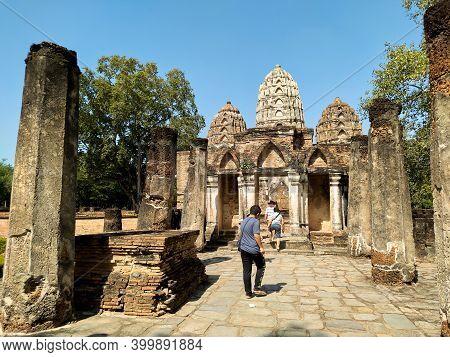 Sukhothai Thailand-28 November 2020:wat Si Sawai Temple (sukhothai Historical Park)world Heritage Si