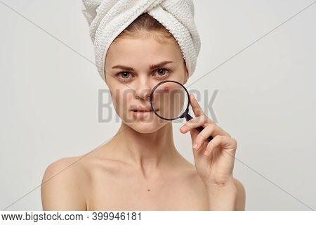 Pretty Woman With Magnifying Glass Near Face Acne Acne Skin Care Appearance