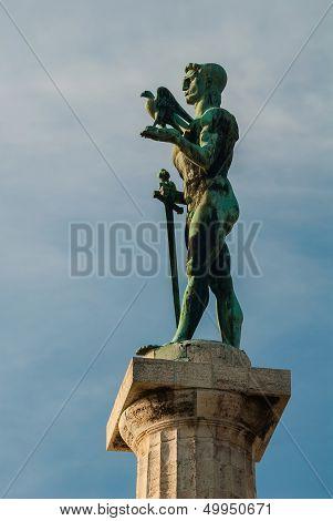 Victor Monument, Belgrade - Profile