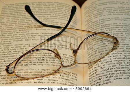 Golden Bowed Glasses