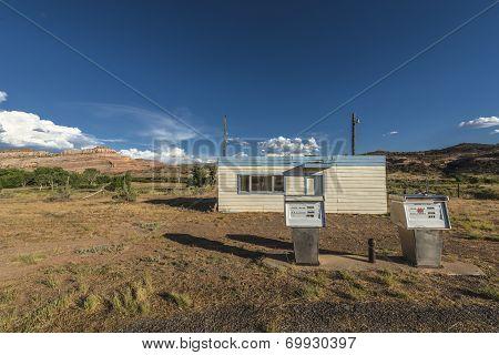 Abandoned Gas Station Utah