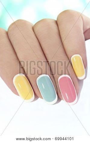 Pastel tender manicure.