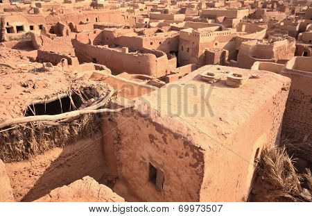 Desert Town Mut In Dakhla Oasis In Egypt