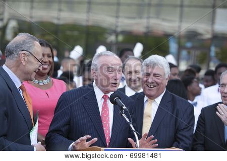 William Bratton makes a jocular point